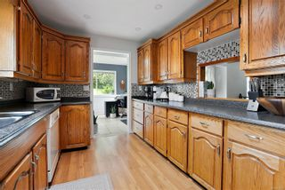 Photo 11: 7312 Veyaness Rd in Central Saanich: CS Saanichton House for sale : MLS®# 874692