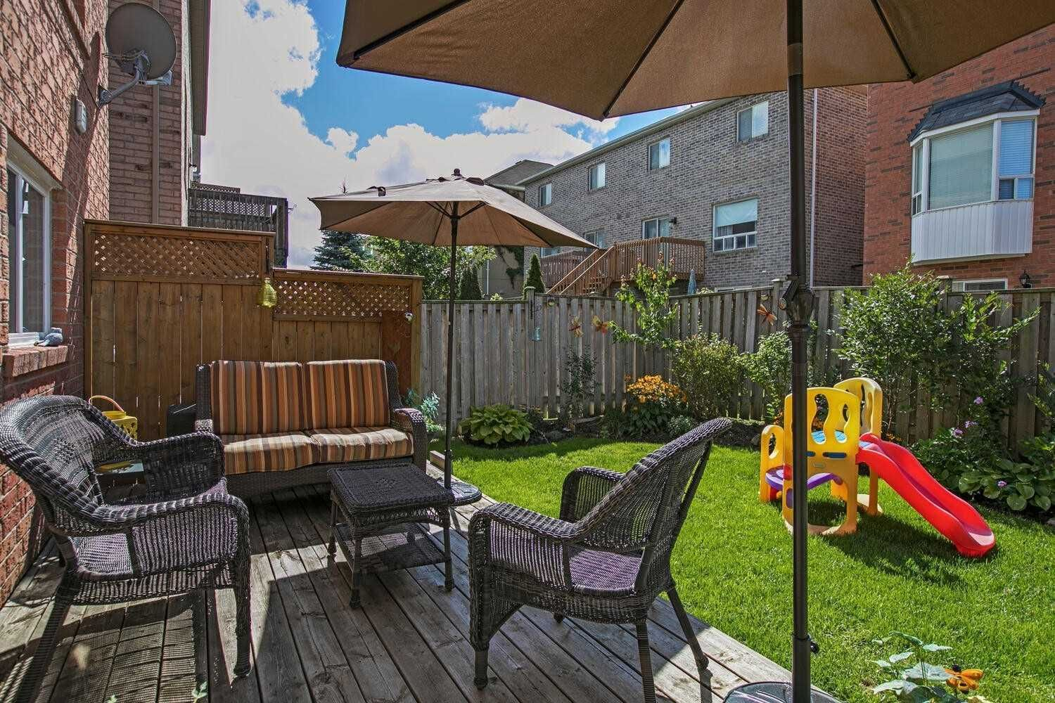 Photo 20: Photos: 190 Dean Burton Lane in Newmarket: Woodland Hill House (2-Storey) for sale : MLS®# N4918510