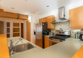 Photo 3: 307 1178 HAMILTON STREET in Vancouver West: Home for sale : MLS®# R2019382