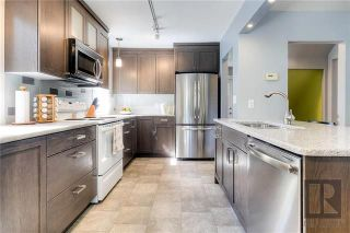 Photo 4: 703 Cambridge Street in Winnipeg: River Heights Residential for sale (1D)  : MLS®# 1823144