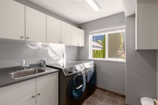 """Photo 19: 41434 GOVERNMENT Road in Squamish: Brackendale House for sale in """"BRACKENDALE"""" : MLS®# R2583348"""