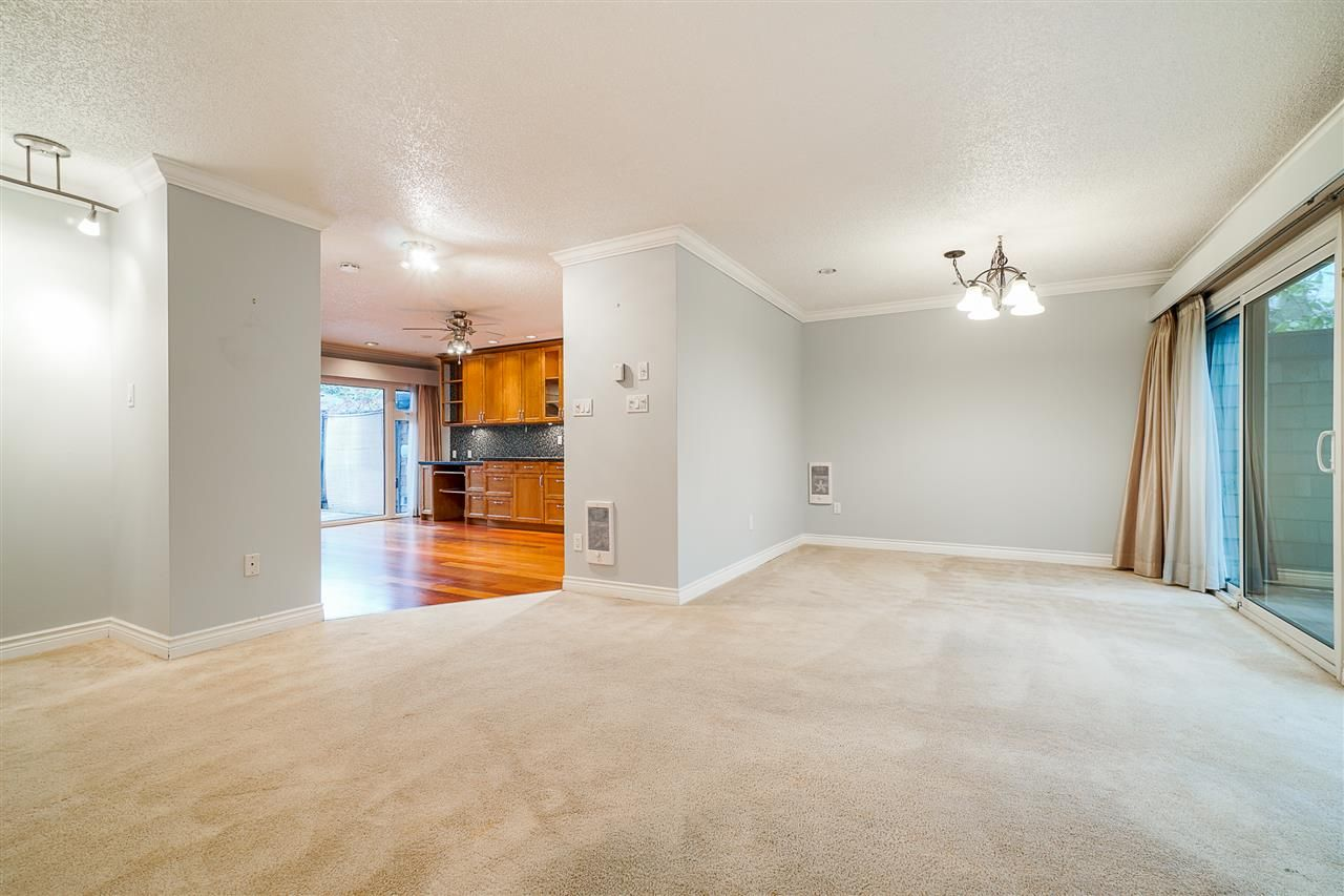 Photo 11: Photos: 4251 BRIDGEWATER Crescent in Burnaby: Cariboo Townhouse for sale (Burnaby North)  : MLS®# R2525864