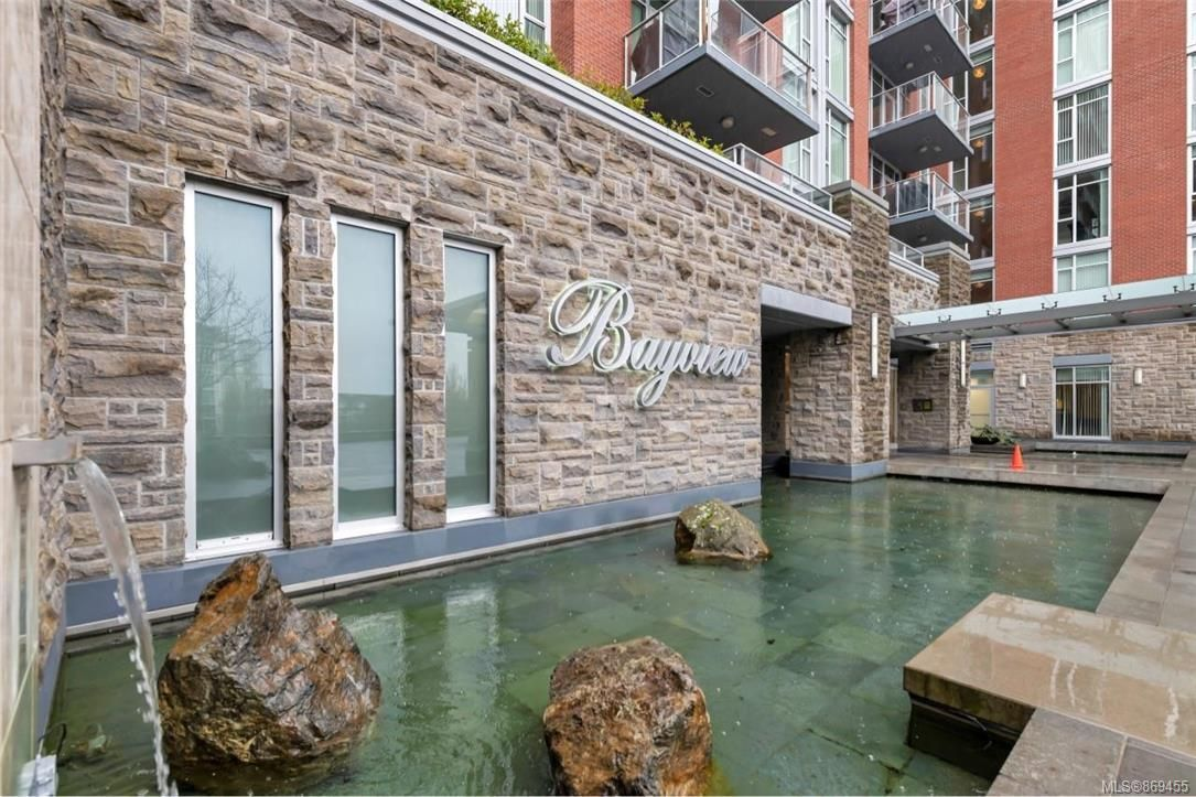 Main Photo: 207 100 Saghalie Rd in Victoria: VW Songhees Condo for sale (Victoria West)  : MLS®# 869455