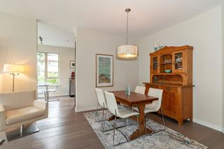 """Photo 7: 108 139 W 22ND Street in North Vancouver: Central Lonsdale Condo for sale in """"Anderson Walk"""" : MLS®# R2402115"""