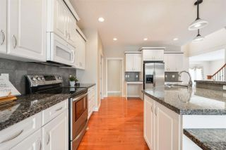 Photo 10: 1197 HOLLANDS Way in Edmonton: Zone 14 House for sale : MLS®# E4221432