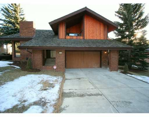 Main Photo:  in CALGARY: Edgemont Residential Detached Single Family for sale (Calgary)  : MLS®# C3245958
