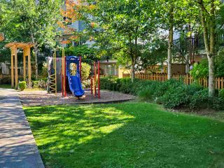 """Photo 28: 46 15399 GUILDFORD Drive in Surrey: Guildford Townhouse for sale in """"GUILDFORD GREEN"""" (North Surrey)  : MLS®# R2577947"""