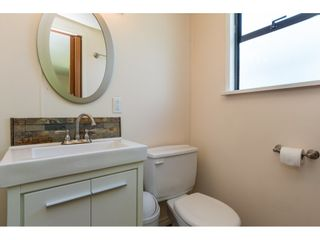 """Photo 11: 3 2120 KING GEORGE Boulevard in Surrey: King George Corridor Manufactured Home for sale in """"Five Oaks"""" (South Surrey White Rock)  : MLS®# R2189509"""