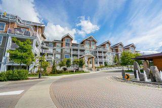 """Photo 3: 207 6490 194 Street in Surrey: Clayton Condo for sale in """"Waterstone- Esplanade Grande"""" (Cloverdale)  : MLS®# R2581098"""