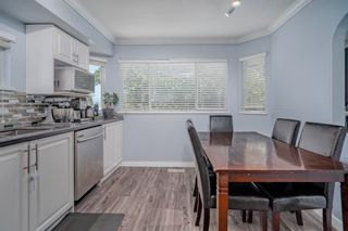 """Photo 6: 107 303 CUMBERLAND Street in New Westminster: Sapperton Townhouse for sale in """"CUMBERLAND COURT"""" : MLS®# R2604826"""