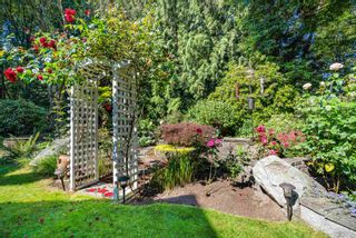 """Photo 33: 3325 FLAGSTAFF Place in Vancouver: Champlain Heights Townhouse for sale in """"COMPASS POINT"""" (Vancouver East)  : MLS®# R2597244"""
