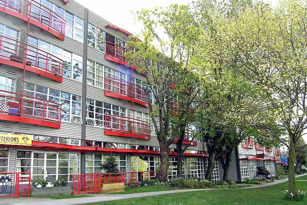 Main Photo: 222 350 E 2ND Avenue in Vancouver: Mount Pleasant VE Condo for sale (Vancouver East)  : MLS®# R2152124