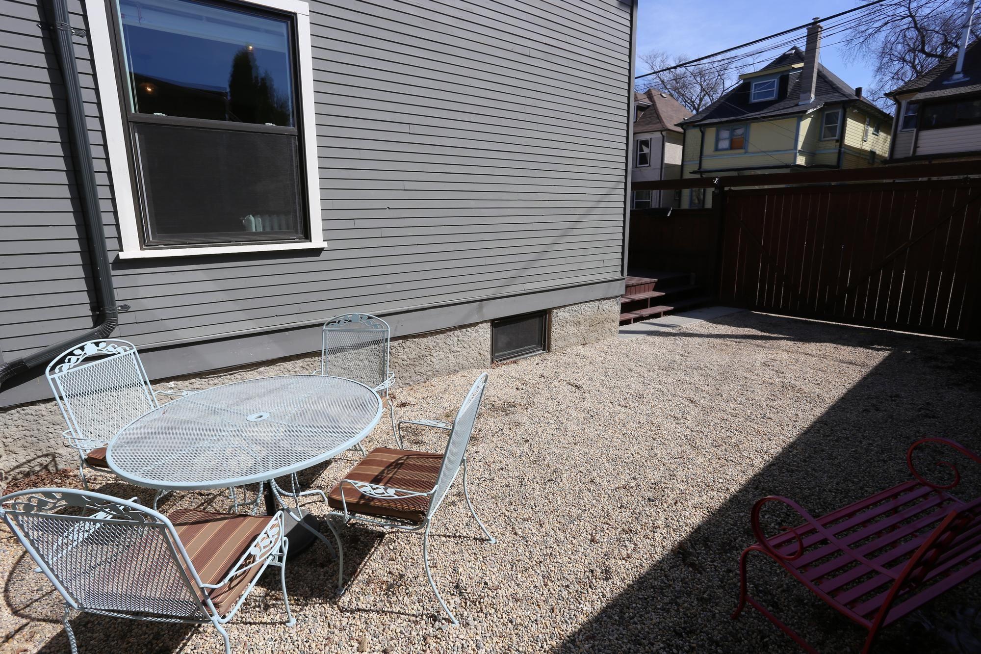 Photo 56: Photos: 121 Ruby Street in Winnipeg: Wolseley Single Family Detached for sale (5B)  : MLS®# 1808798