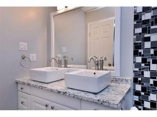 Photo 4: 5 736 Wilson St in VICTORIA: VW Victoria West Row/Townhouse for sale (Victoria West)  : MLS®# 747551