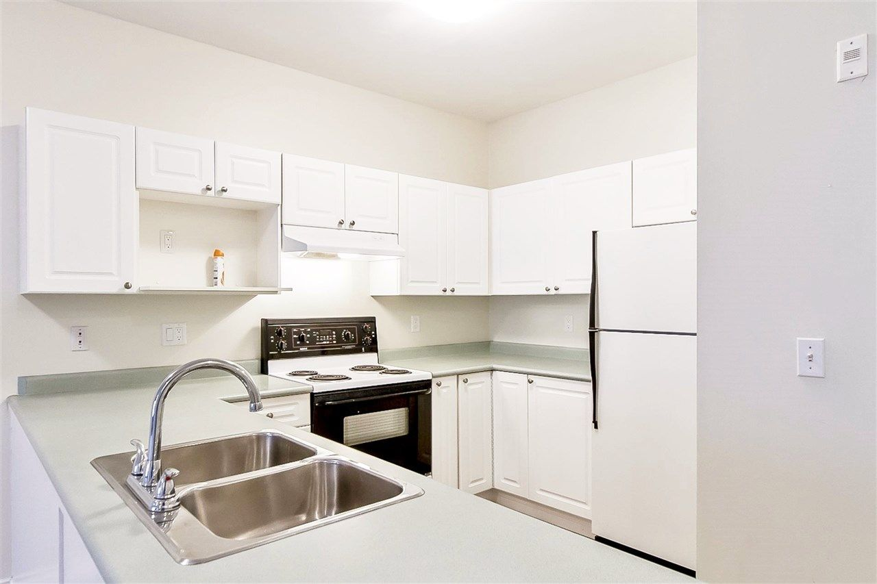 """Photo 3: Photos: 207 2109 ROWLAND Street in Port Coquitlam: Central Pt Coquitlam Condo for sale in """"PARKVIEW PLACE"""" : MLS®# R2150283"""