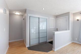 Photo 3: 204 Sunvale Crescent SE in Calgary: Sundance Detached for sale : MLS®# A1068370