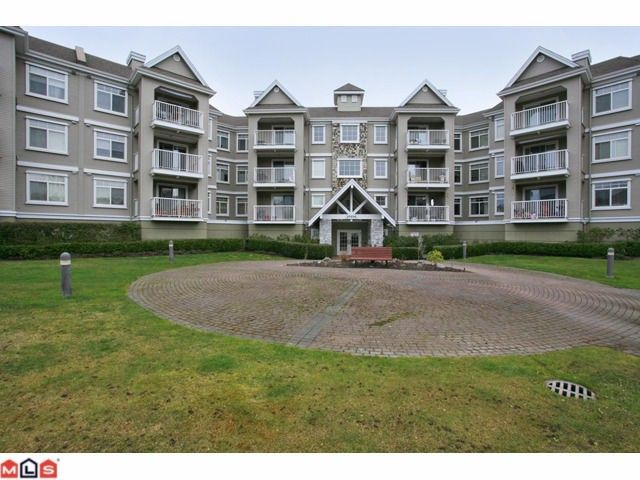 """Main Photo: 316 20896 57TH Avenue in Langley: Langley City Condo for sale in """"BAYBERRY"""" : MLS®# F1107345"""