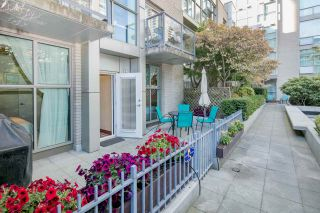 """Photo 18: 105 928 RICHARDS Street in Vancouver: Yaletown Townhouse for sale in """"SAVOY"""" (Vancouver West)  : MLS®# R2188687"""