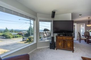 "Photo 7: 1155 PARKER Street: White Rock House for sale in ""East beach"" (South Surrey White Rock)  : MLS®# R2254412"