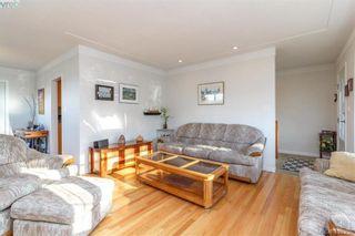 Photo 8: 704 Brookridge Pl in VICTORIA: SW Northridge House for sale (Saanich West)  : MLS®# 811584