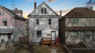Photo 46: 725 Toronto Street in Winnipeg: West End Residential for sale (5A)  : MLS®# 202108241