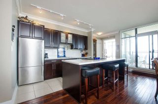 """Photo 2: 900 9310 UNIVERSITY Crescent in Burnaby: Simon Fraser Univer. Condo for sale in """"1 University"""" (Burnaby North)  : MLS®# R2193160"""