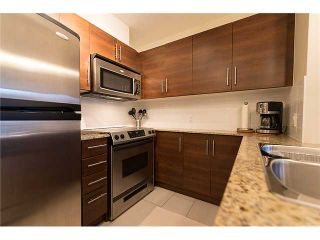 """Photo 2: 401 814 ROYAL Avenue in New Westminster: Downtown NW Condo for sale in """"NEWS NORTH"""" : MLS®# V1036016"""