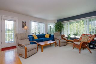Photo 6: 1380 W Treebank Rd in : Es Kinsmen Park House for sale (Esquimalt)  : MLS®# 878071