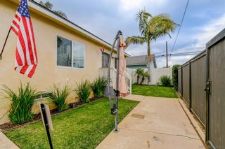 Photo 2: IMPERIAL BEACH House for sale : 3 bedrooms : 1209 Florence St