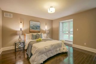 Photo 13: 43 Stubbswood Square in Toronto: Agincourt South-Malvern West House (2-Storey) for sale (Toronto E07)  : MLS®# E5264763
