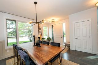 Photo 3: 1717 15 Street NW in Calgary: Capitol Hill Semi Detached for sale : MLS®# A1109111