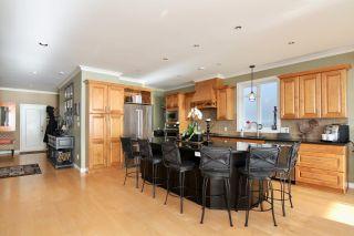 Photo 3: 14825 PROSPECT AVENUE: White Rock House for sale (South Surrey White Rock)  : MLS®# R2434299