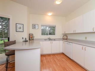 Photo 14: 309 1686 Balmoral Ave in COMOX: CV Comox (Town of) Condo for sale (Comox Valley)  : MLS®# 833200