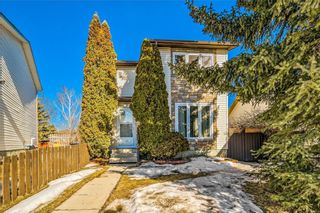 Photo 2: 373 WHITLOCK Way NE in Calgary: Whitehorn Detached for sale : MLS®# C4233795