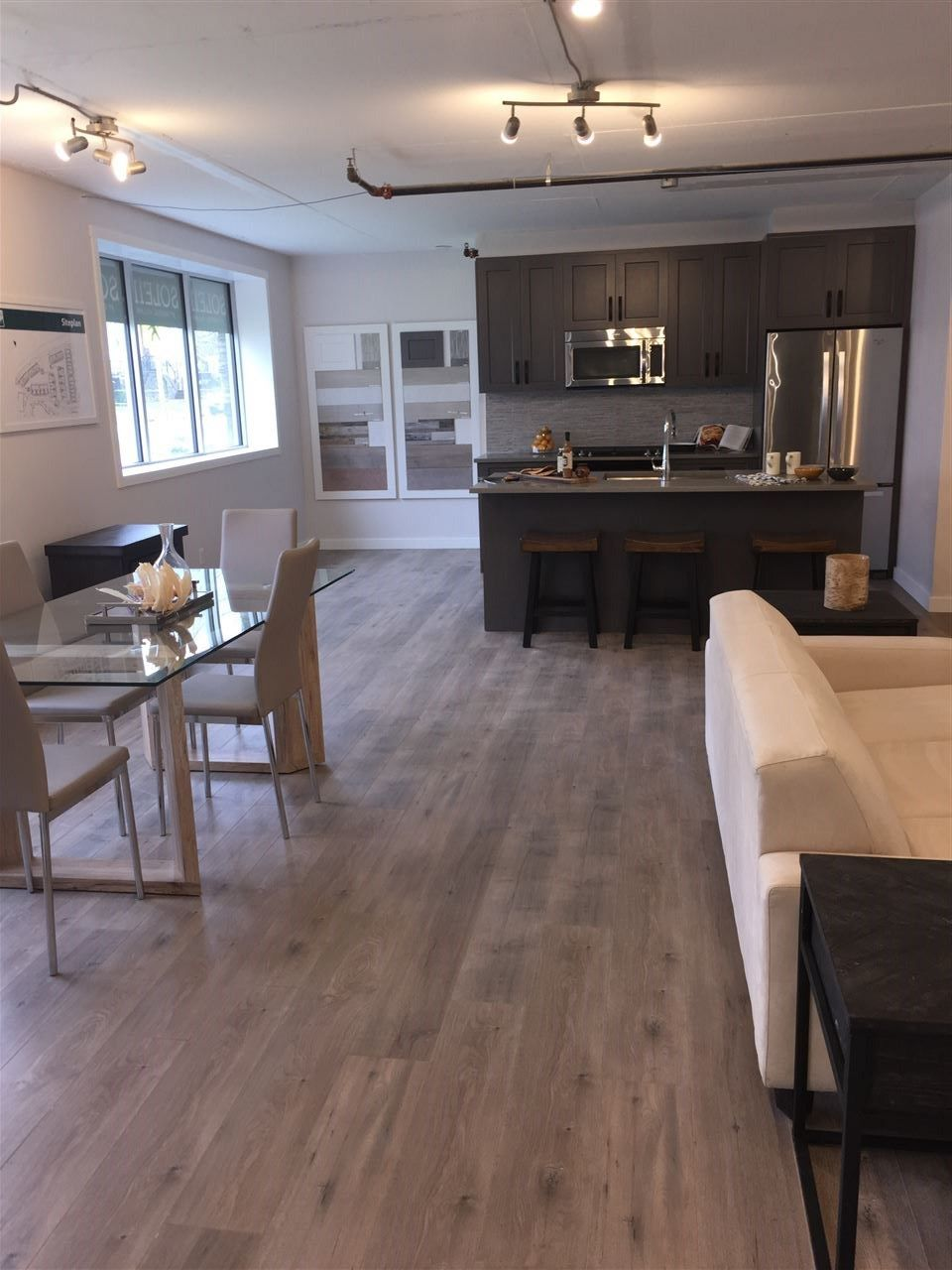 """Photo 3: Photos: 75 1188 MAIN Street in Squamish: Downtown SQ Townhouse for sale in """"SOLEIL AT COASTAL VILLAGE"""" : MLS®# R2123080"""
