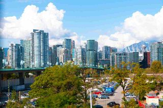 "Photo 5: 509 1919 WYLIE Street in Vancouver: False Creek Condo for sale in ""MAYNARDS BLOCK"" (Vancouver West)  : MLS®# R2401456"