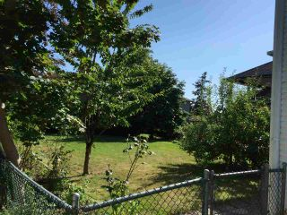 Photo 5: 17436 58A Avenue in Surrey: Cloverdale BC House for sale (Cloverdale)  : MLS®# R2097465