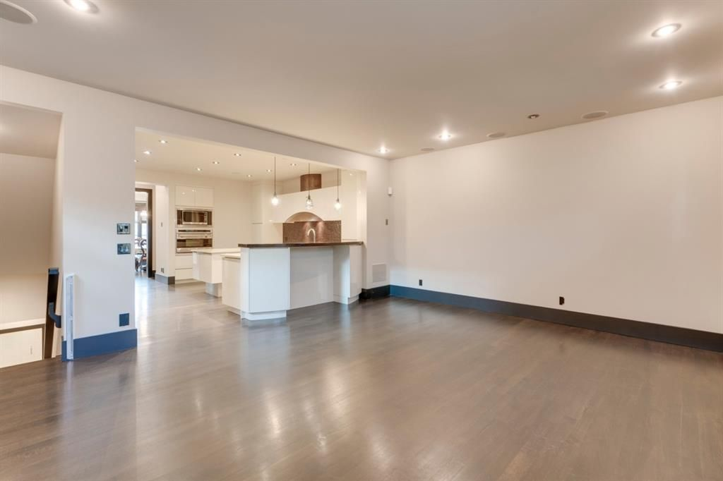 Photo 6: Photos: 610 22 Avenue SW in Calgary: Cliff Bungalow Semi Detached for sale : MLS®# A1094360