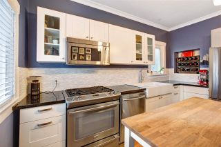 Photo 14: 555 E 12TH Avenue in Vancouver: Mount Pleasant VE House for sale (Vancouver East)  : MLS®# R2541400