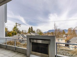 """Photo 14: 204 4375 W 10TH Avenue in Vancouver: Point Grey Condo for sale in """"The Varsity"""" (Vancouver West)  : MLS®# R2552003"""