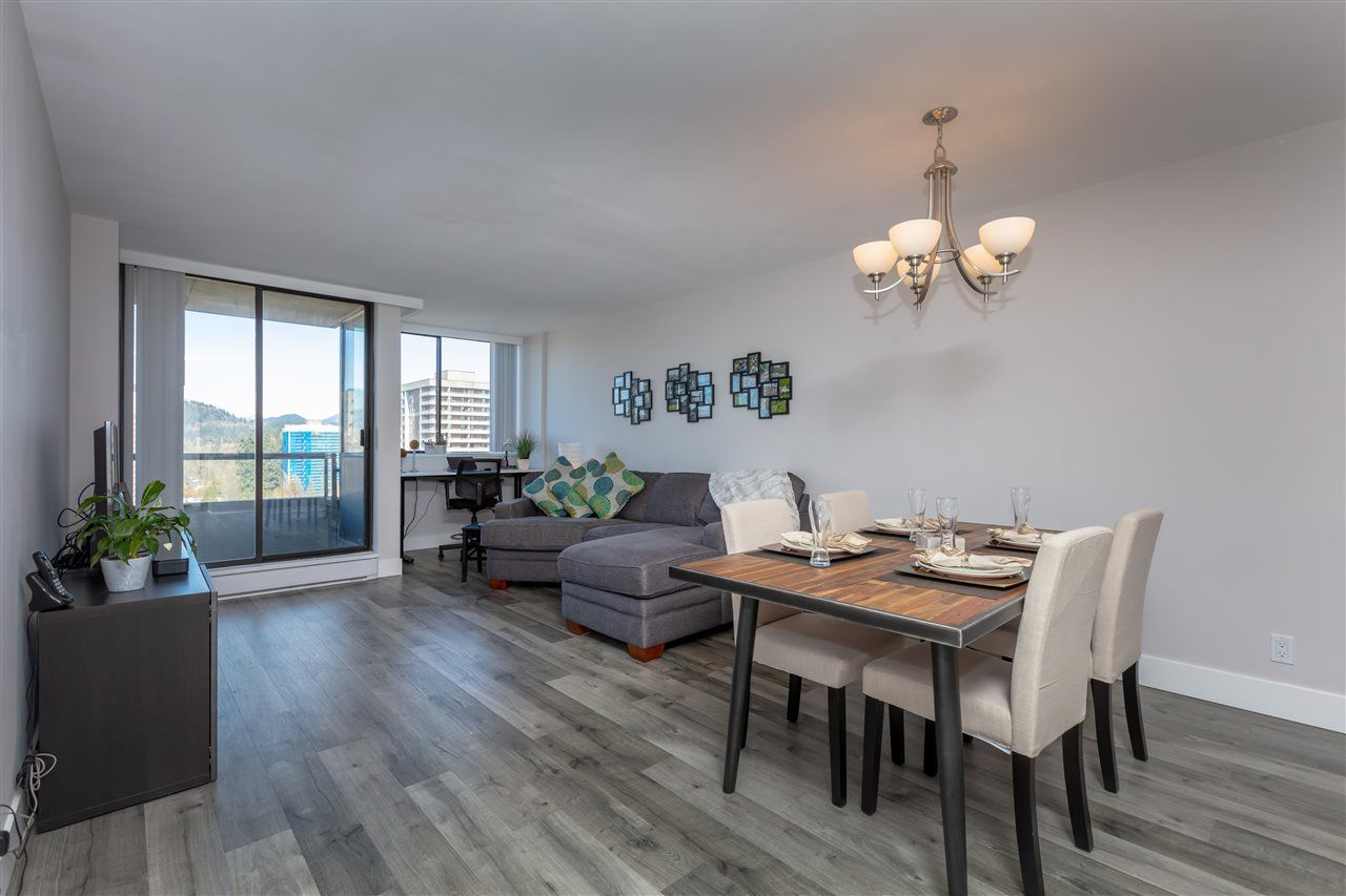 """Photo 6: Photos: 1804 3980 CARRIGAN Court in Burnaby: Government Road Condo for sale in """"Discovery Place"""" (Burnaby North)  : MLS®# R2465942"""