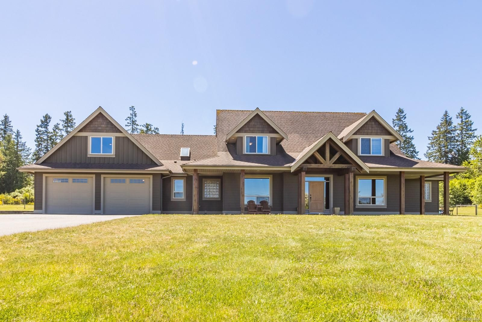 Main Photo: 2850 Peters Rd in : PQ Qualicum Beach House for sale (Parksville/Qualicum)  : MLS®# 885358