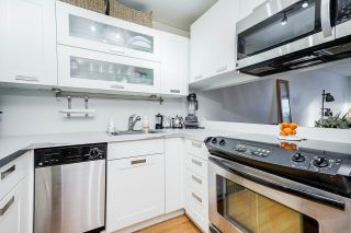 """Photo 8: 207 1345 COMOX Street in Vancouver: West End VW Condo for sale in """"TIFFANY COURT"""" (Vancouver West)  : MLS®# R2552036"""
