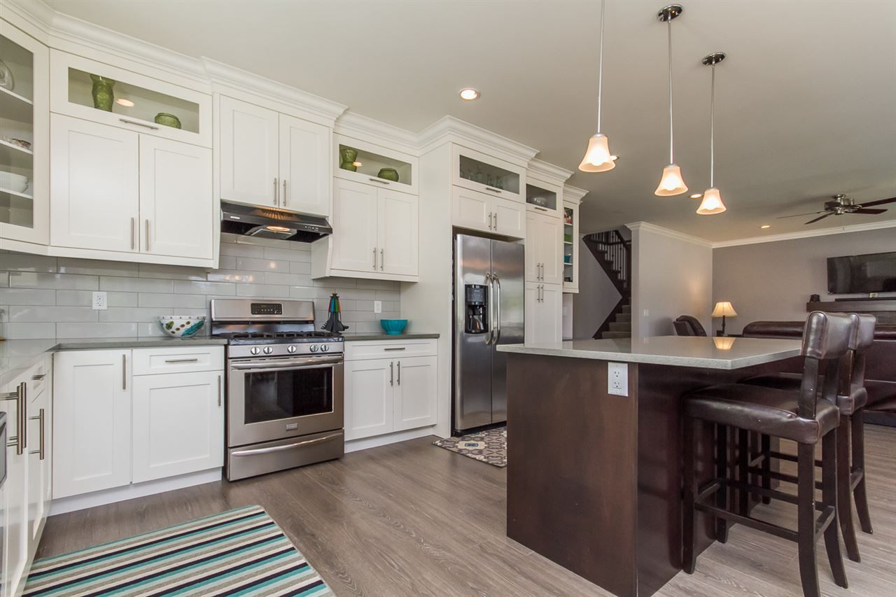 Photo 10: Photos: 33925 MCPHEE Place in Mission: Mission BC House for sale : MLS®# R2519119