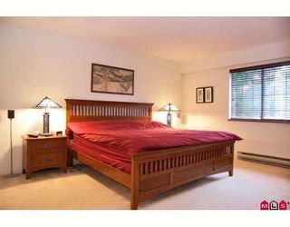 Photo 5: 13723 18th Ave in White Rock: Sunnyside Park Surrey House for sale (South Surrey White Rock)  : MLS®# F2818402
