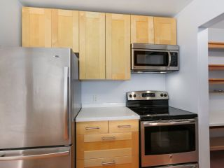 Photo 10: 303 1623 E 2ND AVENUE in Vancouver: Grandview VE Condo for sale (Vancouver East)  : MLS®# R2036799