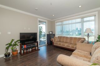 Photo 3: 216 6888 ROYAL OAK Avenue in Burnaby: Metrotown Condo for sale (Burnaby South)  : MLS®# R2619739