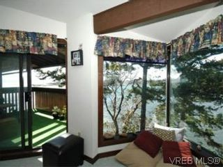 Photo 4: 409 630 Seaforth St in VICTORIA: VW Victoria West Condo for sale (Victoria West)  : MLS®# 533916