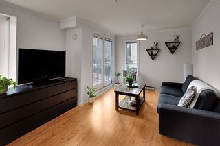 """Photo 4: 201 2825 ALDER Street in Vancouver: Fairview VW Condo for sale in """"Breton Mews"""" (Vancouver West)  : MLS®# R2558452"""