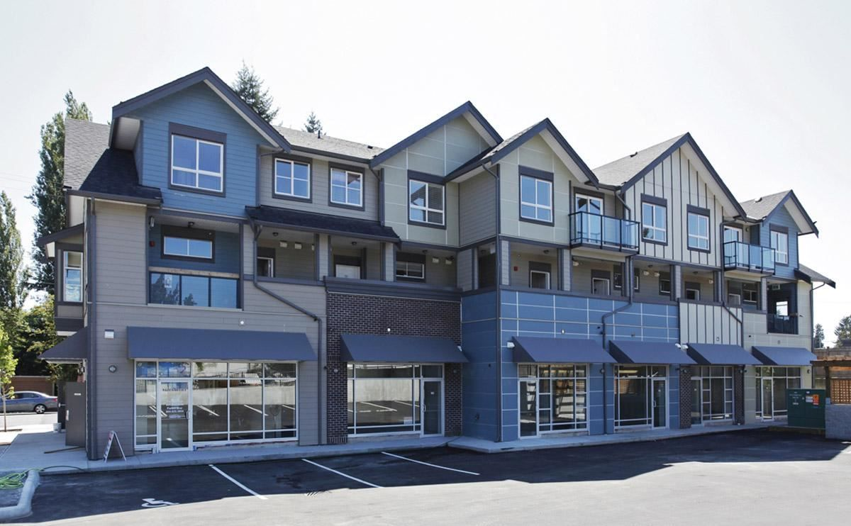 """Main Photo: 208 32059 HILLCREST Avenue in Abbotsford: Abbotsford West Townhouse for sale in """"Cedar Park Plaza"""" : MLS®# R2051984"""